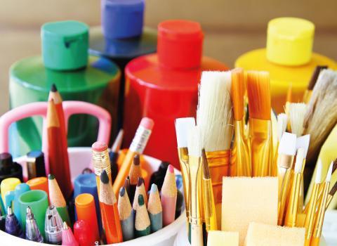 Arts, Crafts & Galleries