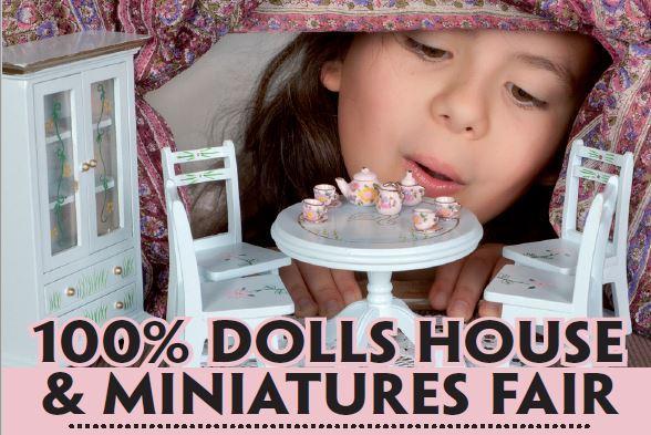 Dolls House & Miniature F